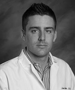 Dr Juan Mesquida